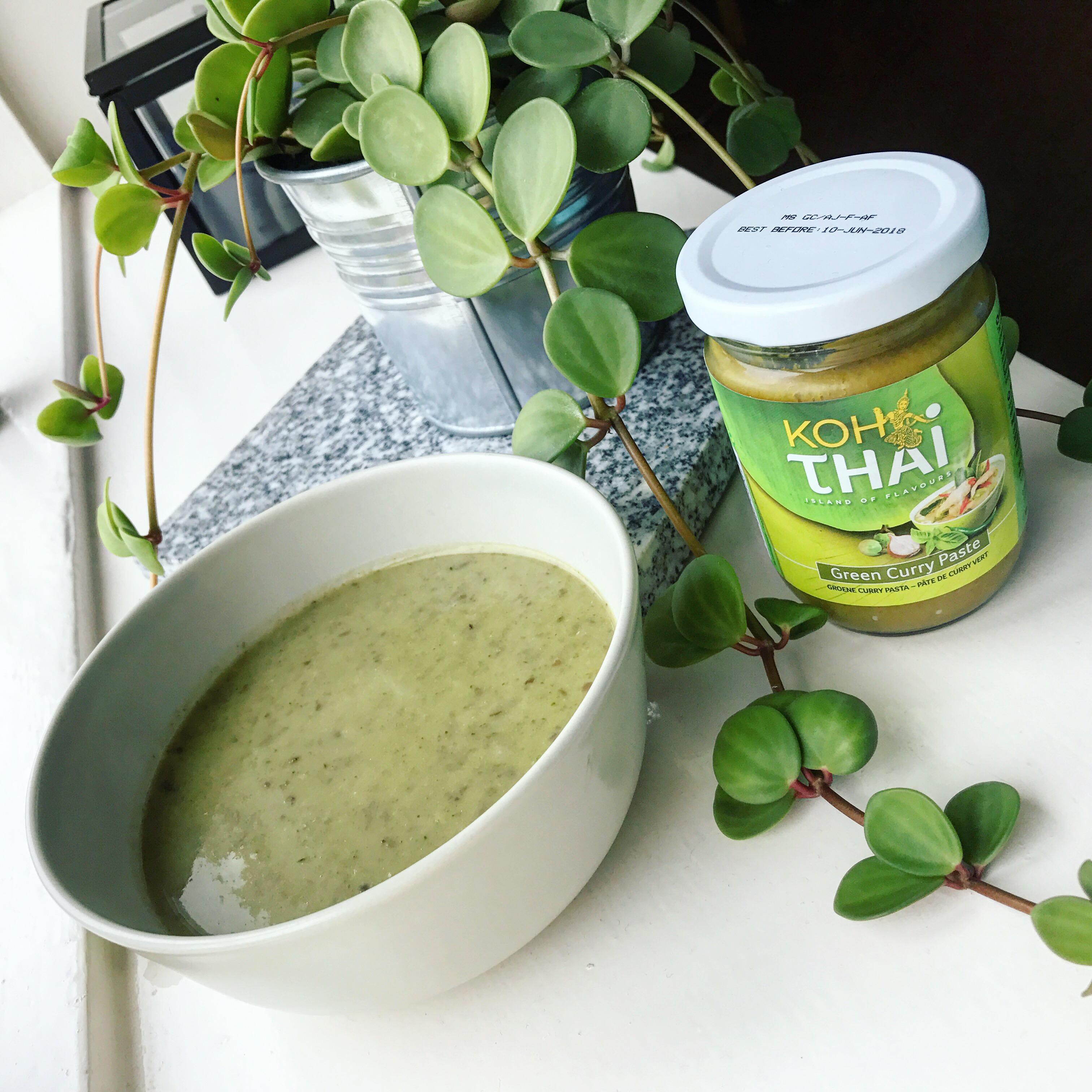 Groene currysoep