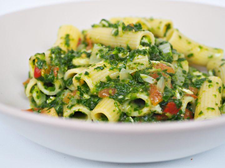Glutenvrije pasta met pangasius en spinazie