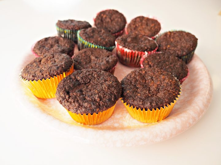 Glutenvrije bananenmuffins met pure chocolade